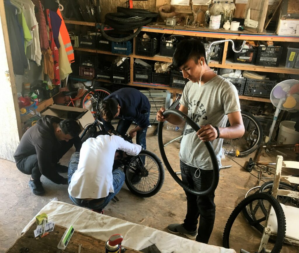 pic of bike repair project in makerspace